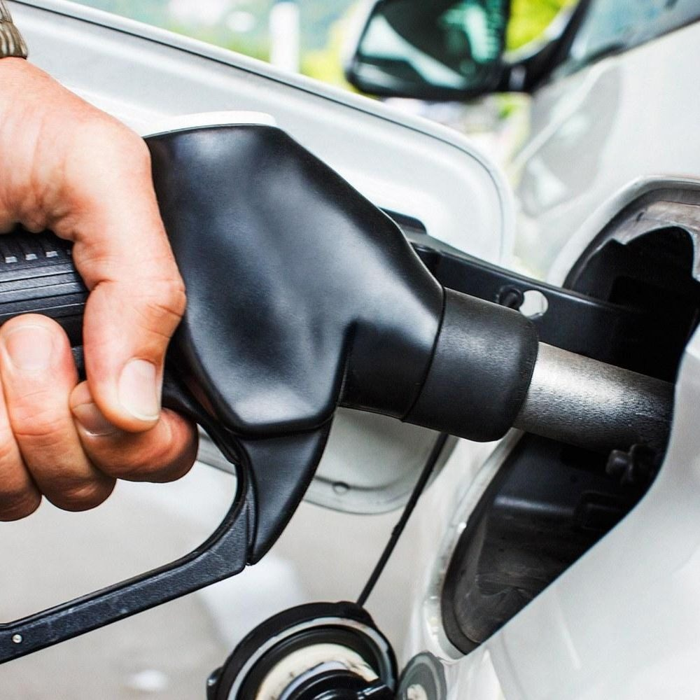 Стоимость бензина на Кипре взлетела до рекордных отметок