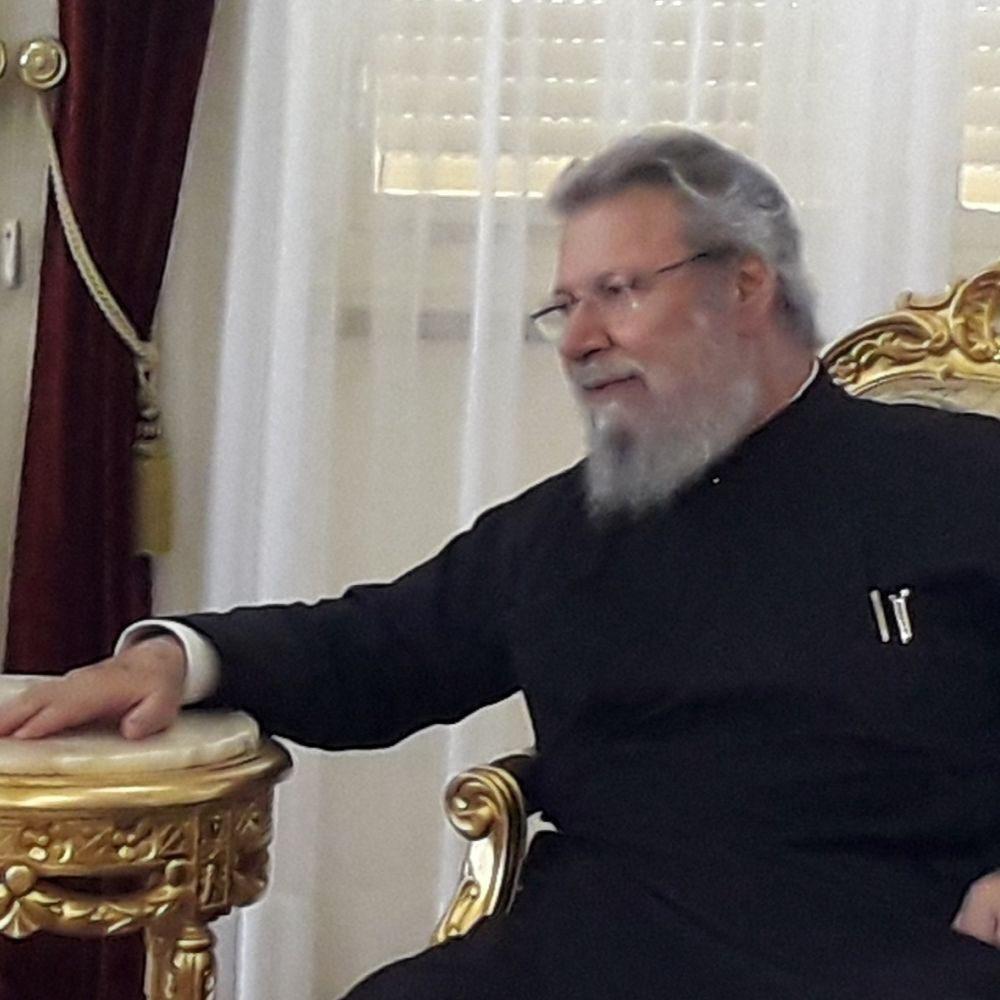 Архиепископа Хризостомоса прооперируют в Лондоне