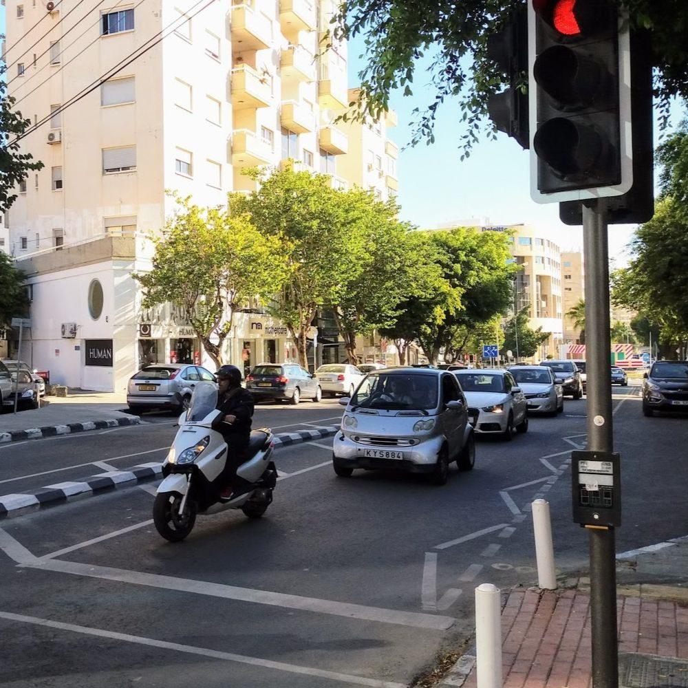 Пробок на дорогах Кипра становится всё больше