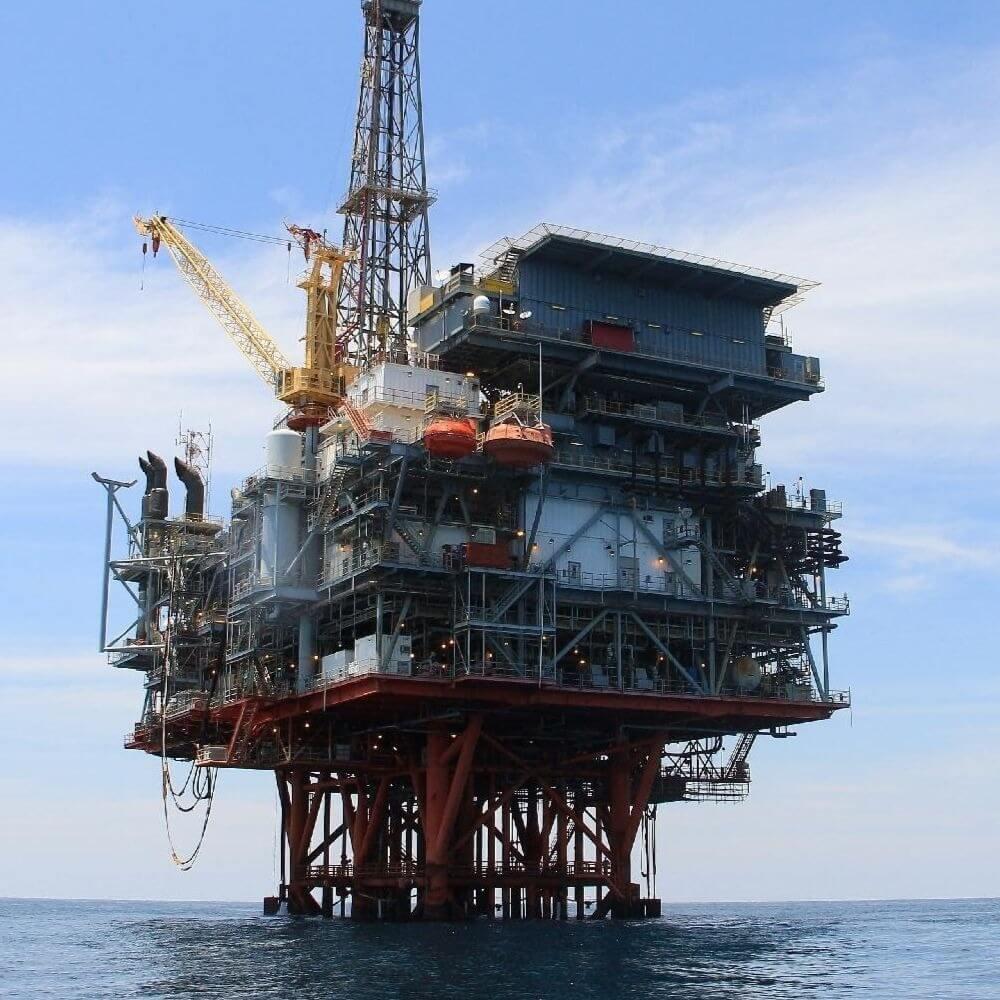 Министры острова посетили буровую платформу ExxonMobil
