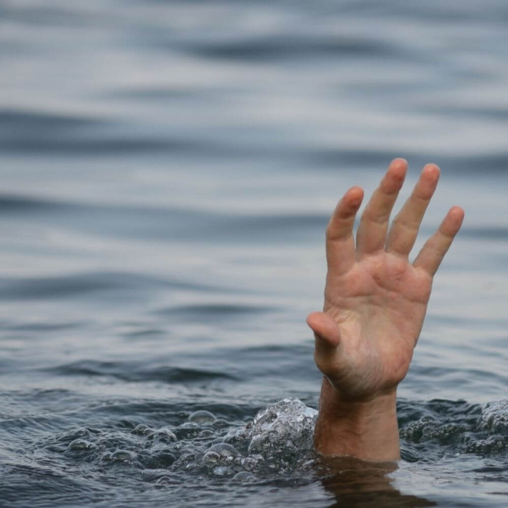 Трагедия на севере Кипра: утонул автомобиль с четырьмя людьми