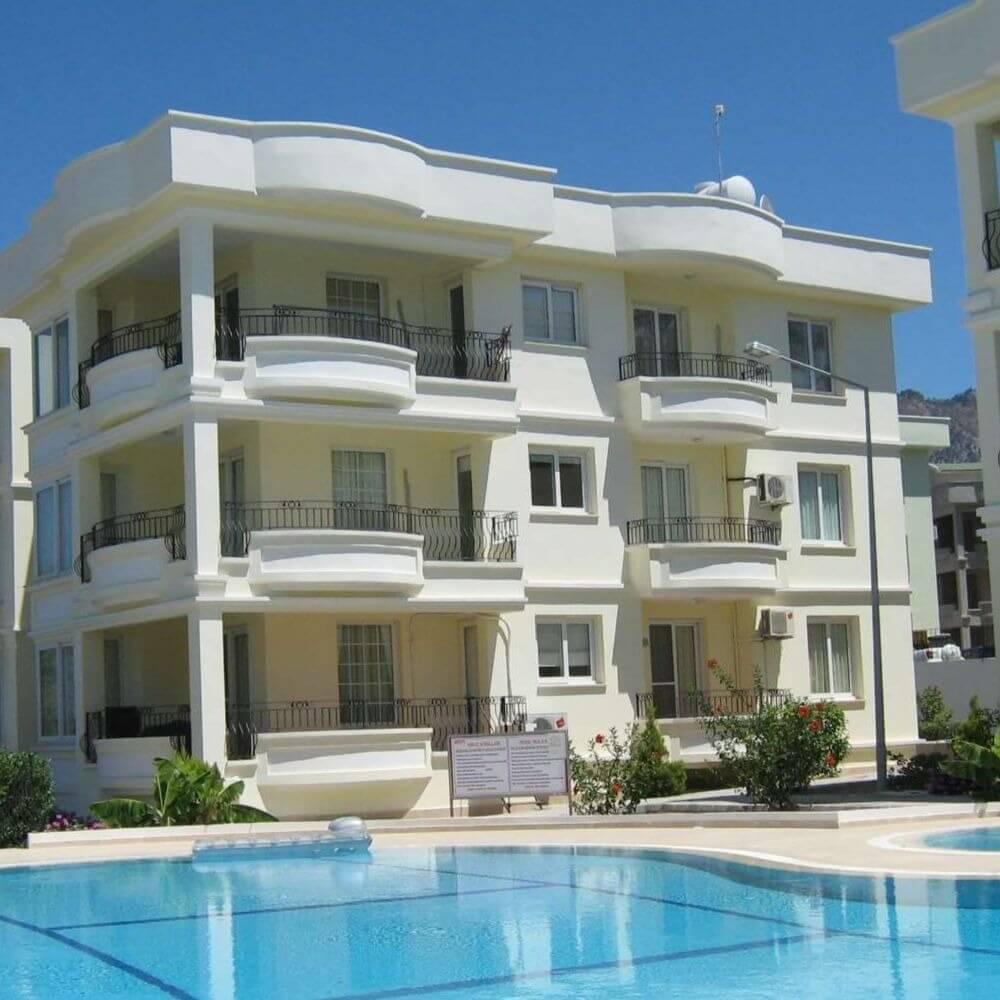 Иностранцы скупают недвижимость Кипра наравне с местными жителями