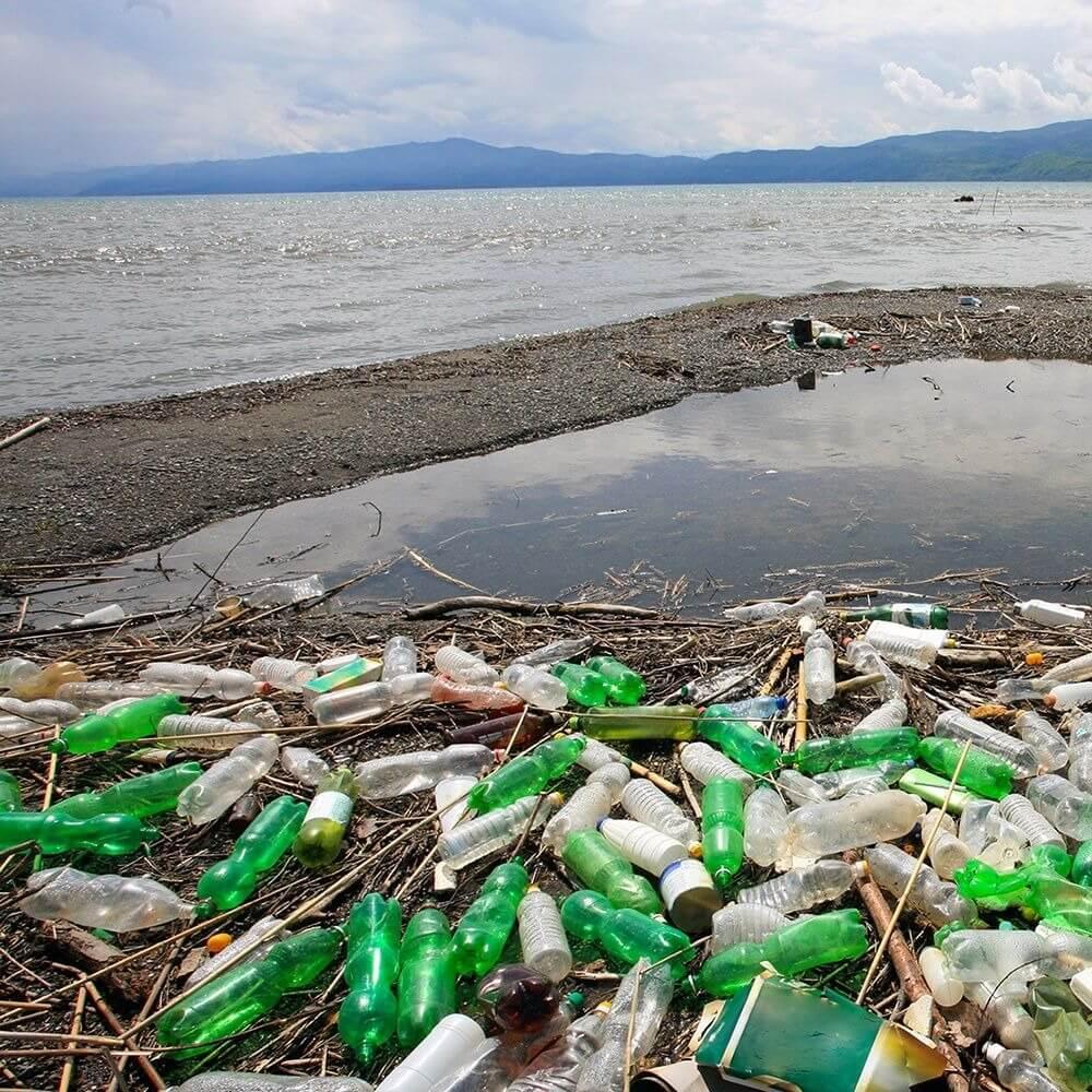 Кипрские компании получили награды за сокращение пластиковых отходов